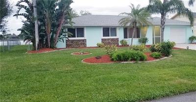 Cape Coral Single Family Home For Sale: 15 SE 10th Ave