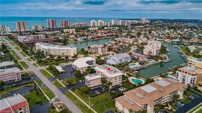 Marco Island Condo/Townhouse For Sale: 1041 Swallow Ave #202