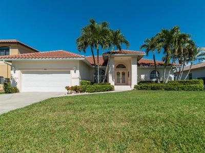 Marco Island Single Family Home For Sale: 1106 Lighthouse Ct
