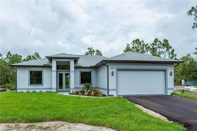 Naples Single Family Home For Sale: 3291 NE 62nd Ave