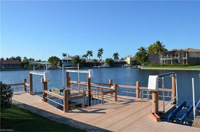 Marco Island Single Family Home For Sale: 1742 N Bahama Ave