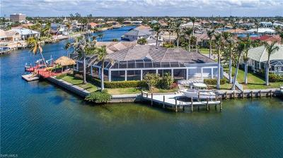 Marco Island Single Family Home For Sale: 478 Marquesas Ct