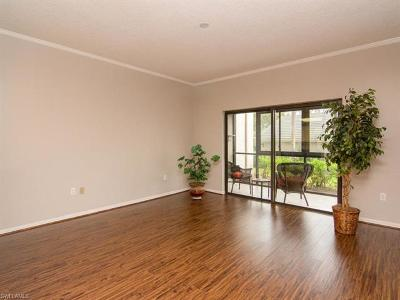 Naples Condo/Townhouse For Sale: 900 Arbor Lake Dr #9-101