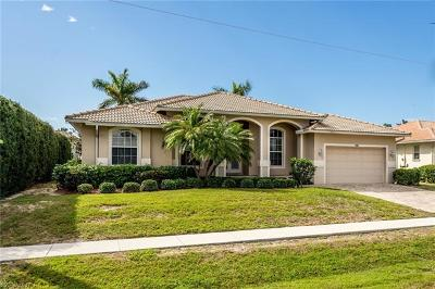 Marco Island Single Family Home For Sale: 941 Snowberry Ct