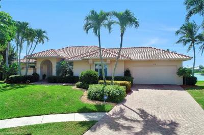 Marco Island Single Family Home For Sale: 124 Stillwater Ct