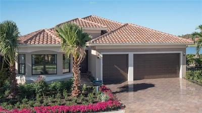 Fort Myers Single Family Home For Sale: 11768 Meadowrun Cir