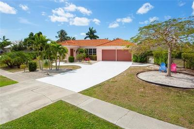 Marco Island Single Family Home For Sale: 632 Nassau Rd