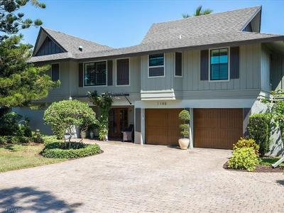 Marco Island Single Family Home For Sale: 1100 Fieldstone Dr