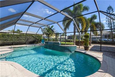 Bonita Springs Single Family Home For Sale: 234 1st St
