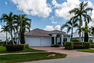 Marco Island Single Family Home For Sale: 1781 Barbados Ave