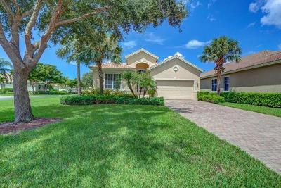 Fort Myers Single Family Home For Sale: 5582 Whispering Willow Way
