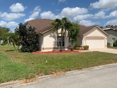 Estero Single Family Home For Sale: 3700 Bali Ln