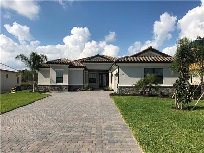 Estero Single Family Home For Sale: 17418 Elkgrove Ln
