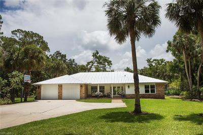 Naples Single Family Home For Sale: 2730 SW 70th St