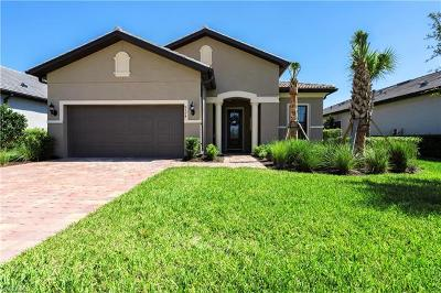 Naples Single Family Home For Sale: 9374 Greyhawk Trl