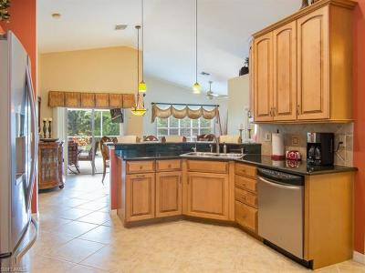 Estero Single Family Home For Sale: 9287 Lanthorn Way