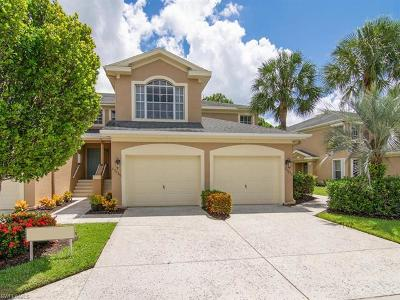 Estero Condo/Townhouse For Sale: 23039 Lone Oak Dr
