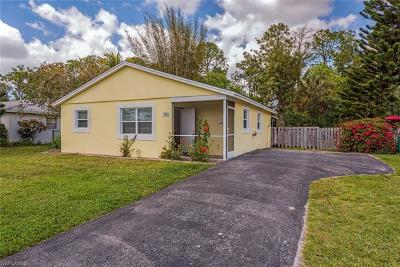 Naples Single Family Home For Sale: 3041 Poinciana Dr