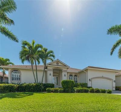 Marco Island Single Family Home For Sale: 791 Sea Ct