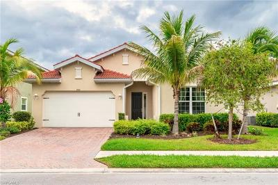 Fort Myers Single Family Home For Sale: 3901 King Edwards St