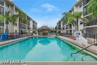 Bonita Springs Condo/Townhouse For Sale: 9395 Pennsylvania Ave #26