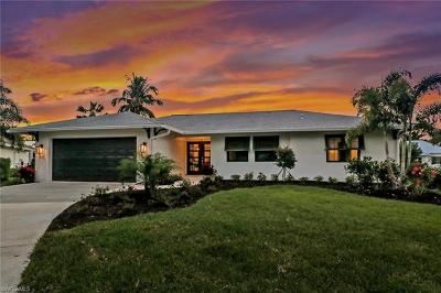 Naples Single Family Home For Sale: 1560 Bluefin Ct