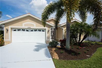 Fort Myers Single Family Home For Sale: 8095 Breton Cir