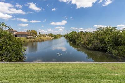 Cape Coral Single Family Home For Sale: 2525 NE 20th Pl