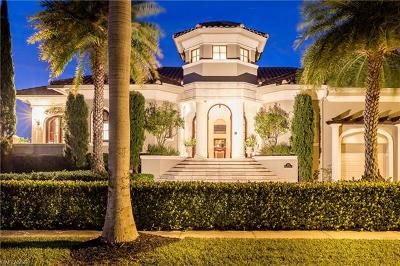 Marco Island Single Family Home For Sale: 670 Rockport Ct