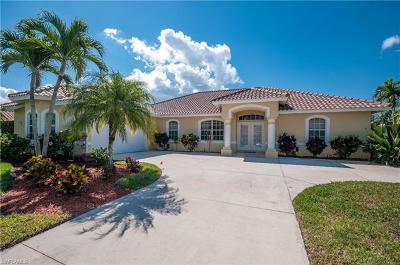Bonita Springs Single Family Home For Sale: 28920 Winthrop Cir