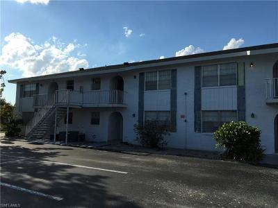 Naples Condo/Townhouse For Sale: 4900 Biscayne Dr #2
