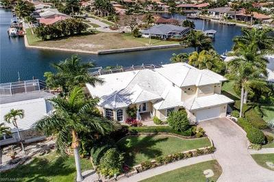 Marco Island Single Family Home For Sale: 132 Shorecrest Ct