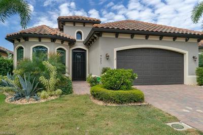Bonita Springs Single Family Home For Sale: 9025 Isla Bella Cir