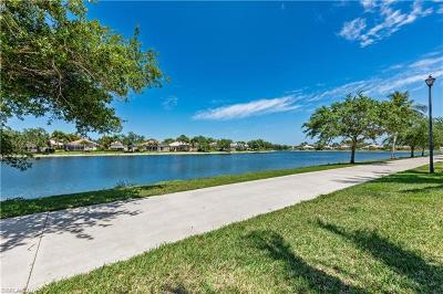 Naples Single Family Home For Sale: 2928 Hatteras Way