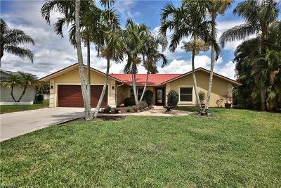 Naples Single Family Home For Sale: 9846 Sandringham Gate
