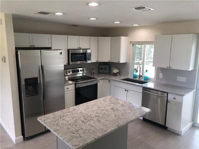 Bonita Springs Single Family Home For Sale: 27099 Belle Rio Dr