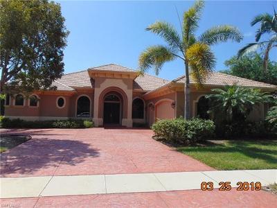 Naples Single Family Home For Sale: 9765 Wilshire Lakes Blvd