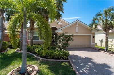 Fort Myers Single Family Home For Sale: 8705 Banyan Bay Blvd