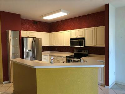 Naples Condo/Townhouse For Sale: 5305 Andover Dr #101