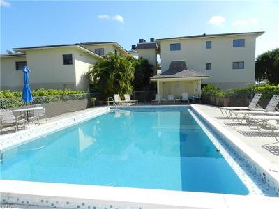 Marco Island Condo/Townhouse For Sale: 835 W Elkcam Cir #106