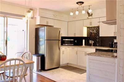 Naples Single Family Home For Sale: 656 Palm View Dr #4