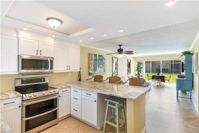 Naples Condo/Townhouse For Sale: 1417 Chesapeake Ave #105