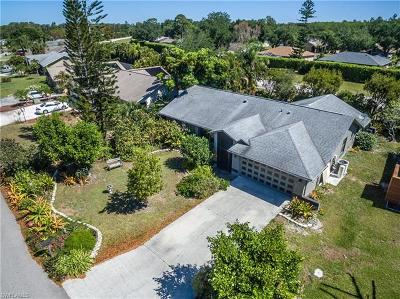 Fort Myers Single Family Home For Sale: 19233 Pine Run Ln