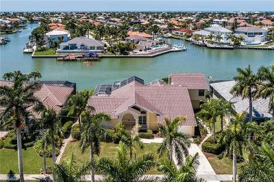 Marco Island Single Family Home For Sale: 721 Rockport Ct
