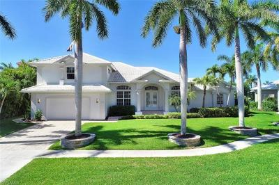 Marco Island Single Family Home For Sale: 729 Hull Ct