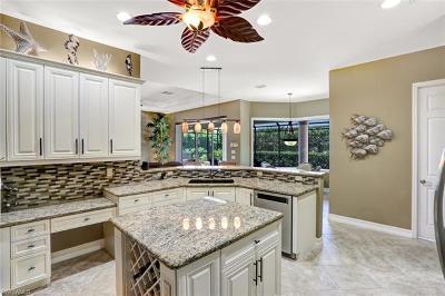 Bonita Springs Single Family Home For Sale: 28400 Del Lago Way