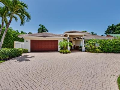 Naples Single Family Home For Sale: 500 Mooring Line Dr