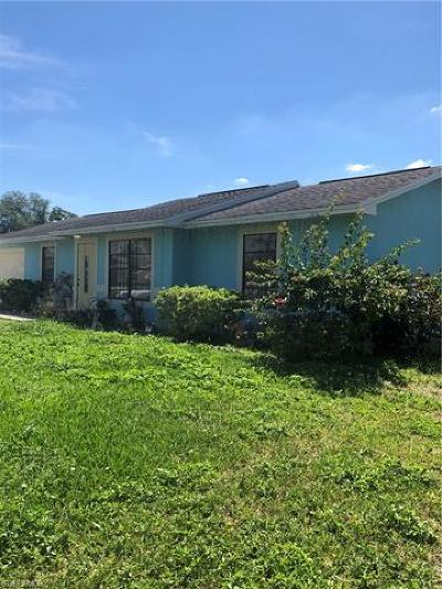 Naples Single Family Home For Sale: 5450 SW 26th Ave