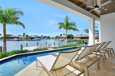 Marco Island Single Family Home For Sale: 229 Capistrano Ct