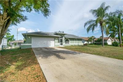 Fort Myers Single Family Home For Sale: 18404 Fuchsia Rd